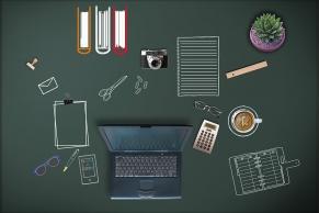 Office-Desktop auf einer Tafel