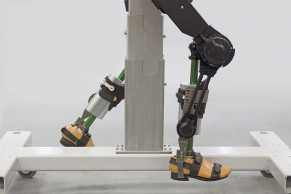 Laufroboter A4051