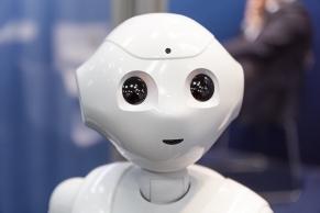 Portrait von einem Roboterkopf A4094